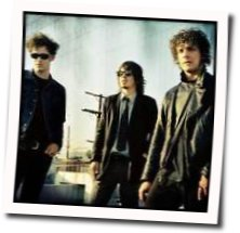 Black Rebel Motorcycle Club guitar chords for Still suspicion holds you tight