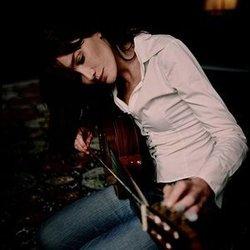 Carla Bruni chords for La noye