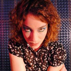 Karina Buhr guitar chords for Dragão