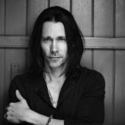 Myles Kennedy guitar tabs for Levon
